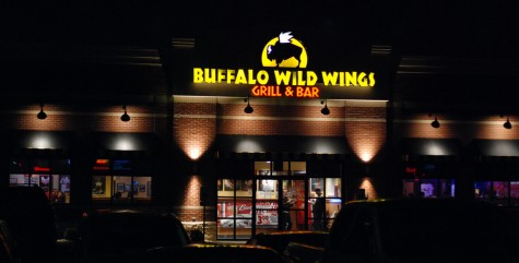 Buffalo Wild Wings hosts NHS fundraiser