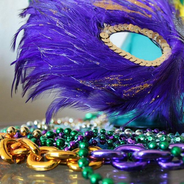 HHS+gears+up+for+Mardi-Gras+themed+Winterfest
