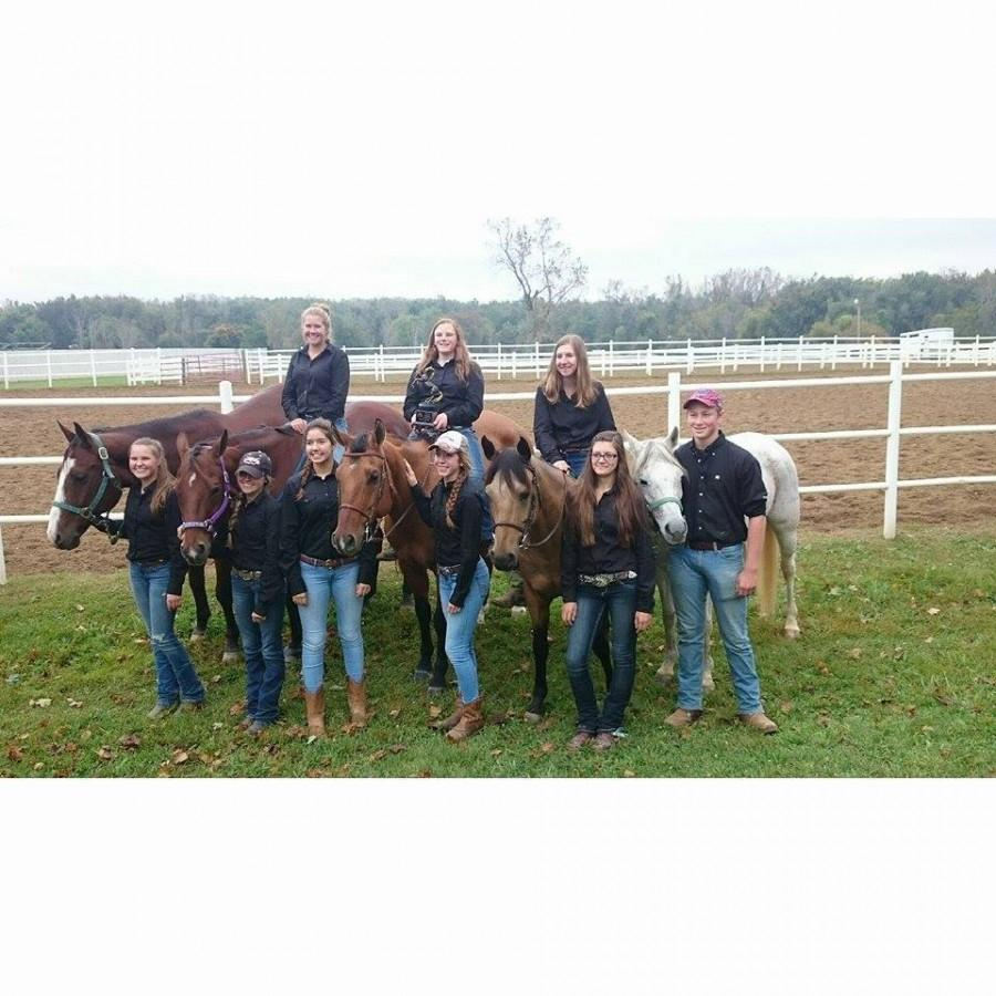 Howell High School equestrian team wins regionals, heads off to states