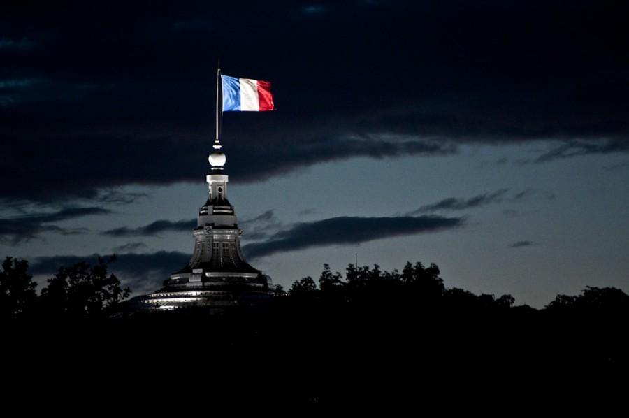 HHS teachers and students grieve Paris terrorist attacks